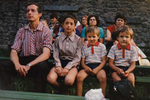 childhood photo of Vladimir and siblings